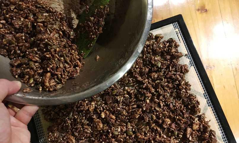 choc-granola-prep-web